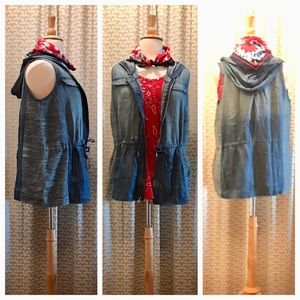Zenergy by Chicos Chambray Vest